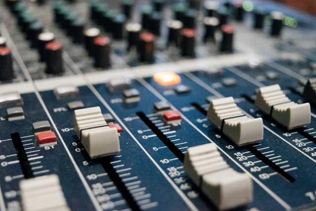 color audio mixer